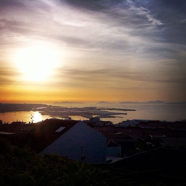 Über den Dächern von Vigo. Das Kindelein besuchen. #spain #vigo