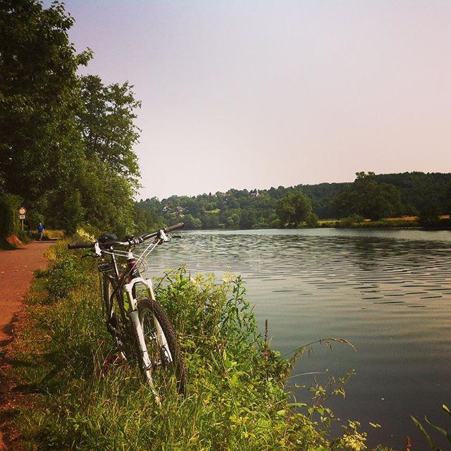 ...we go down to the river... #stravaphoto #springsteen #ruhrpott #bochum #bike #hattingen #instagood #igers_mtb #sommersonneruhrpott