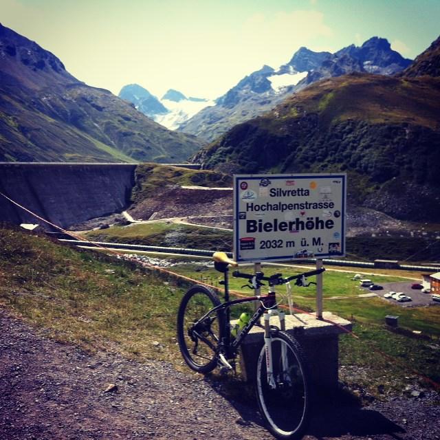 Es waren 32 Kehren und ich habe sie benutzt. Bielerhöhe statt Bochum.  #silvretta #bike #montafon