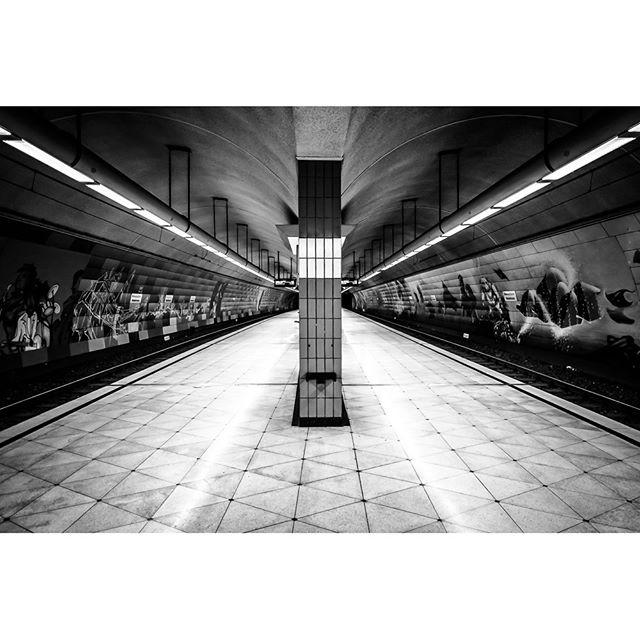 Bochum Underground, my first Fuji  #bochum  #instagood #photooftheday #ig_ruhrgebiet #ruhrpott #underground black&white