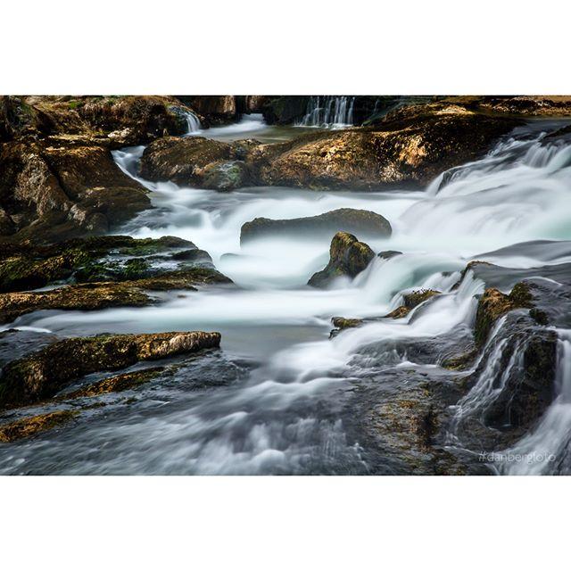 Rheinfall bei Schaffhausen. #rhein #waterfall #nature #landscape #ilovetraveling #instagood #photooftheday #danbergfoto #water #filter #exposure #longterm #igers